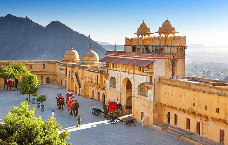 Amer Fort History, Geography, Major Attractions & Interesting Facts
