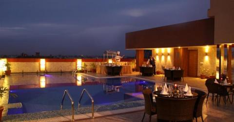 HK CLARKS INN AMRITSAR Package