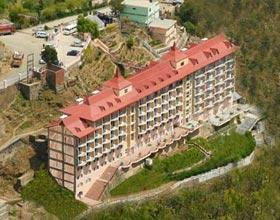 luxury resorts in shimla Package